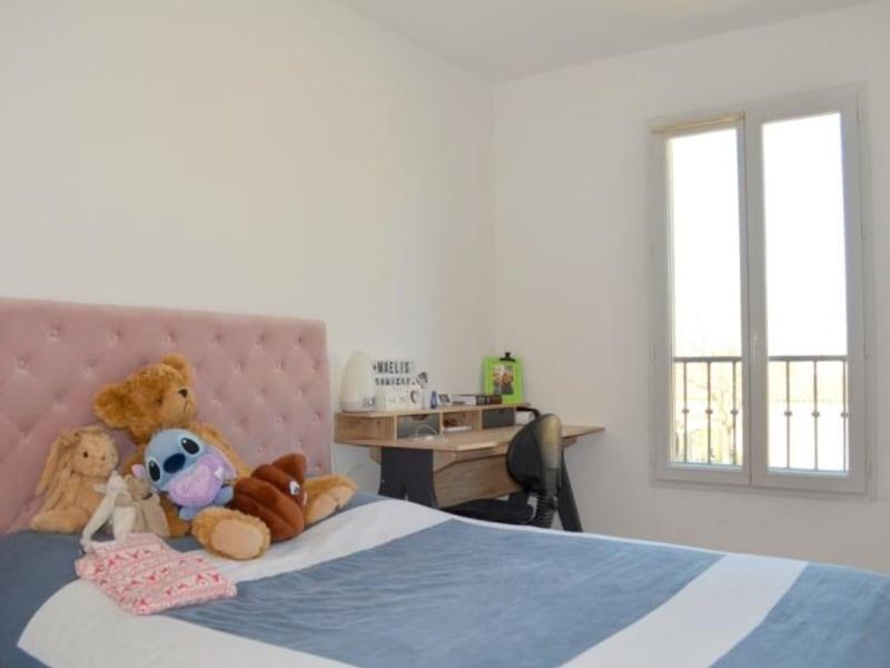 Sale house / villa Morieres les avignon 243000€ - Picture 8