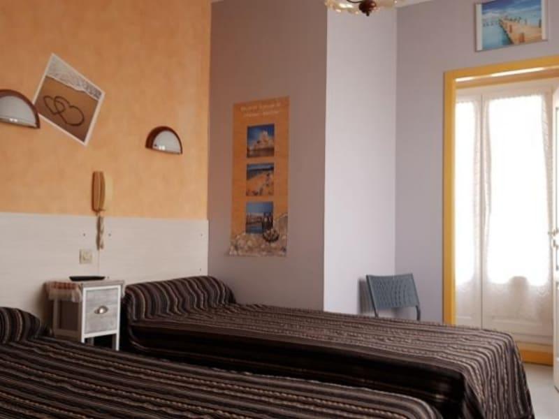 Commercial property sale shop Fouras 624000€ - Picture 4