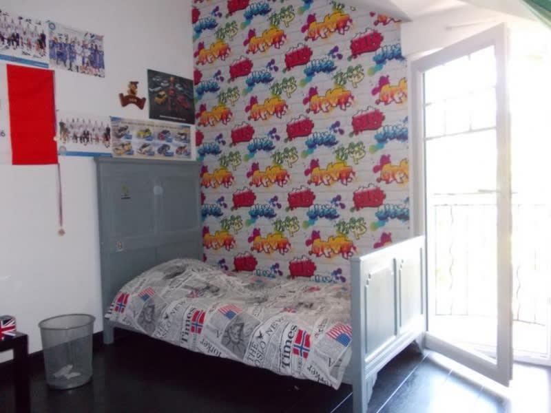 Sale house / villa Riorges 242000€ - Picture 7