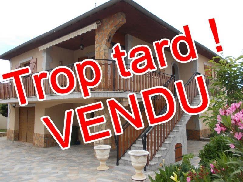 Sale house / villa Le coteau 220000€ - Picture 1