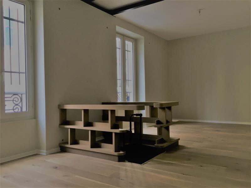 Sale apartment Courbevoie 285000€ - Picture 3