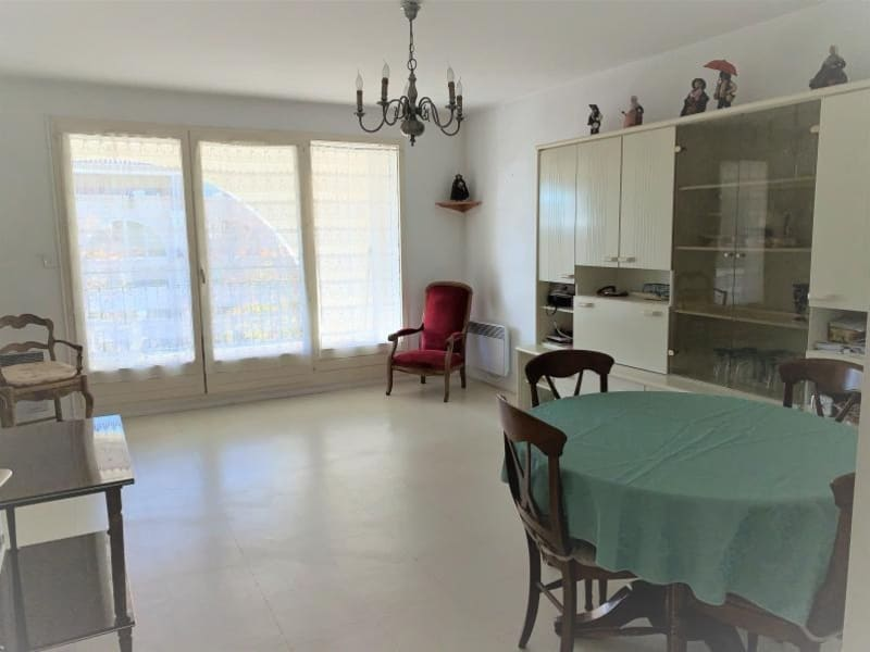 Sale apartment Eguilles 325 000€ - Picture 1
