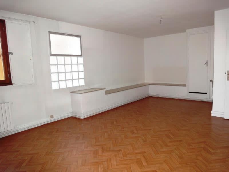 Venta  apartamento Le mesnil le roi 300000€ - Fotografía 4