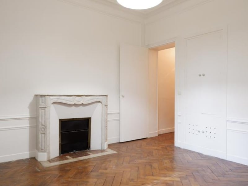 Alquiler  apartamento Paris 16ème 1900€ CC - Fotografía 3