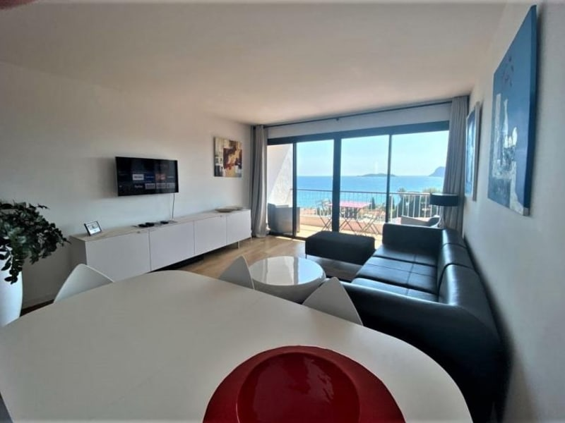 Sale apartment La ciotat 485 000€ - Picture 1