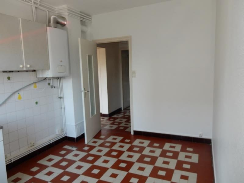 Rental apartment Fontaine 556€ CC - Picture 3