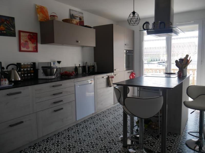 Sale house / villa Avrille 239200€ - Picture 2