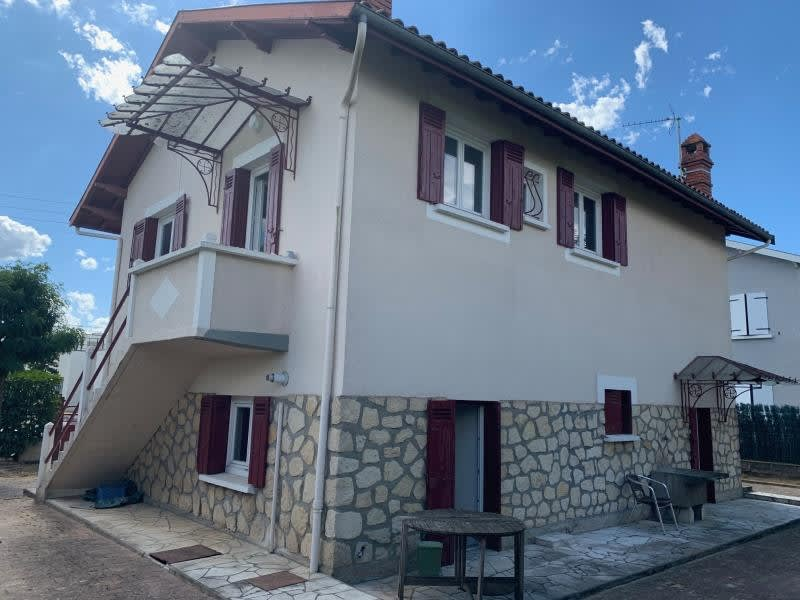 Sale apartment Ambares et lagrave 167000€ - Picture 1
