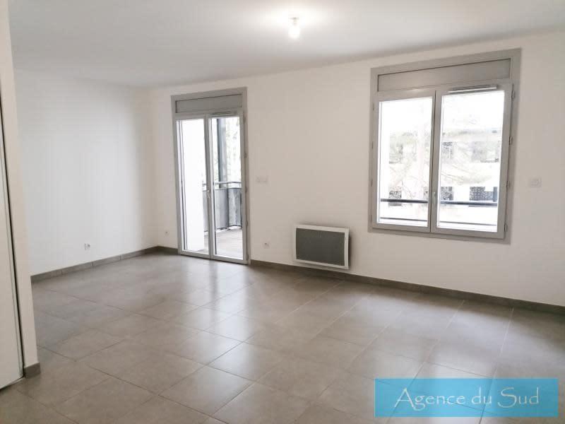 Location appartement Peypin 722€ CC - Photo 1