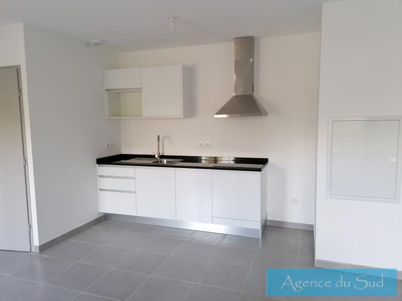 Location appartement Peypin 782€ CC - Photo 1