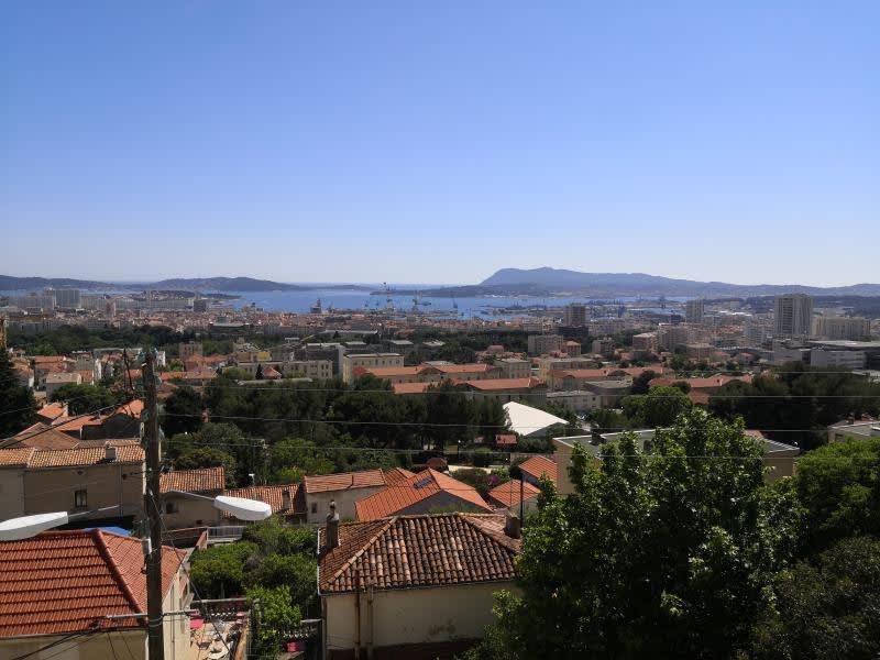 Sale apartment Toulon 300000€ - Picture 1