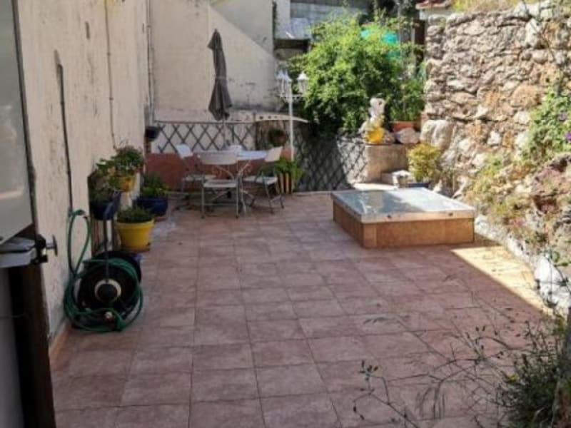 Sale apartment Toulon 300000€ - Picture 3