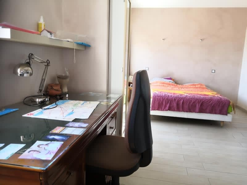 Sale apartment Toulon 300000€ - Picture 7