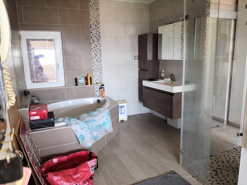 Sale apartment Toulon 300000€ - Picture 8