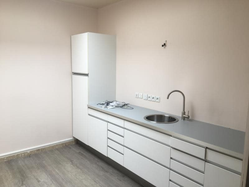 Vente local commercial Beauchamp 840000€ - Photo 5