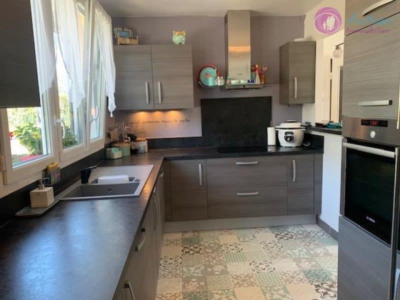 Sale house / villa Lesigny 439500€ - Picture 6