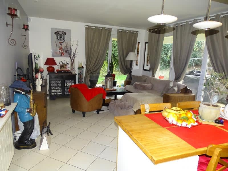 Sale apartment Herblay 208300€ - Picture 2