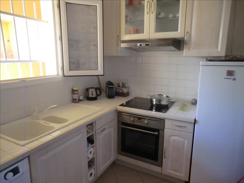 Sale apartment St raphael 210000€ - Picture 4
