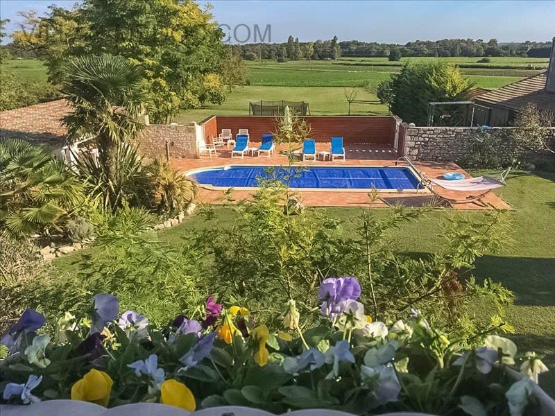 Vente maison / villa Saint germain d esteuil 572000€ - Photo 3