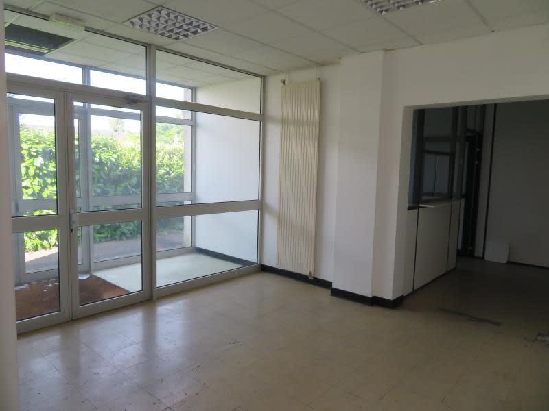 Location bureau Menilles 1500€ HC - Photo 2
