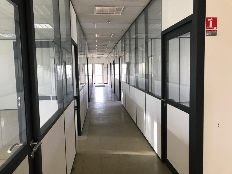 Location bureau Menilles 1500€ HC - Photo 3