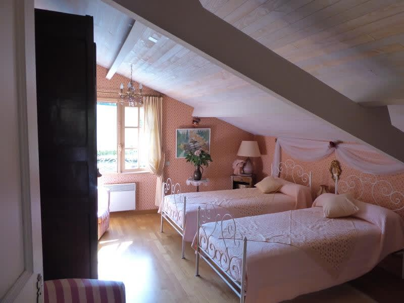 Sale house / villa St martial 680 000€ - Picture 6