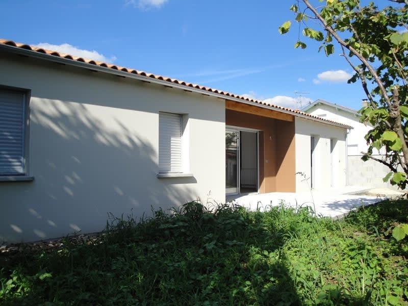 Rental house / villa Niort 835€ CC - Picture 2