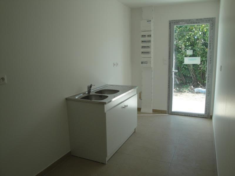 Rental house / villa Niort 835€ CC - Picture 5