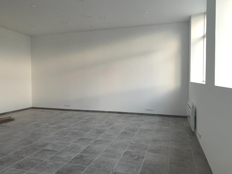 Rental loft/workshop/open plan Bannalec 575€ CC - Picture 2
