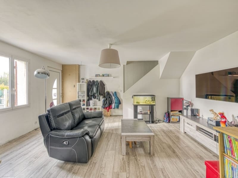 Sale house / villa Neuilly en thelle 262500€ - Picture 2
