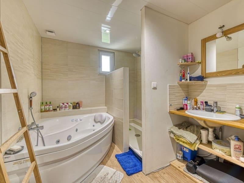 Sale house / villa Neuilly en thelle 262500€ - Picture 5
