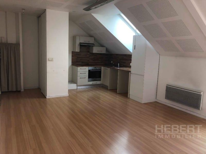 Rental apartment Sallanches 825€ CC - Picture 2