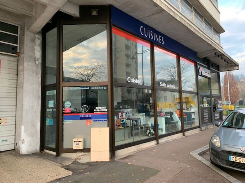 Location local commercial Lisieux 1 000€ HC - Photo 1