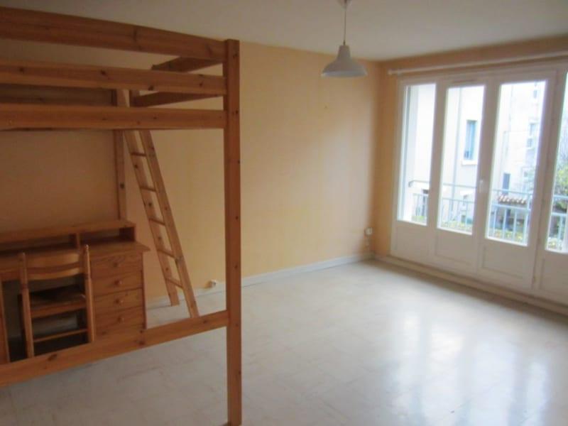 Appartement   32 m2