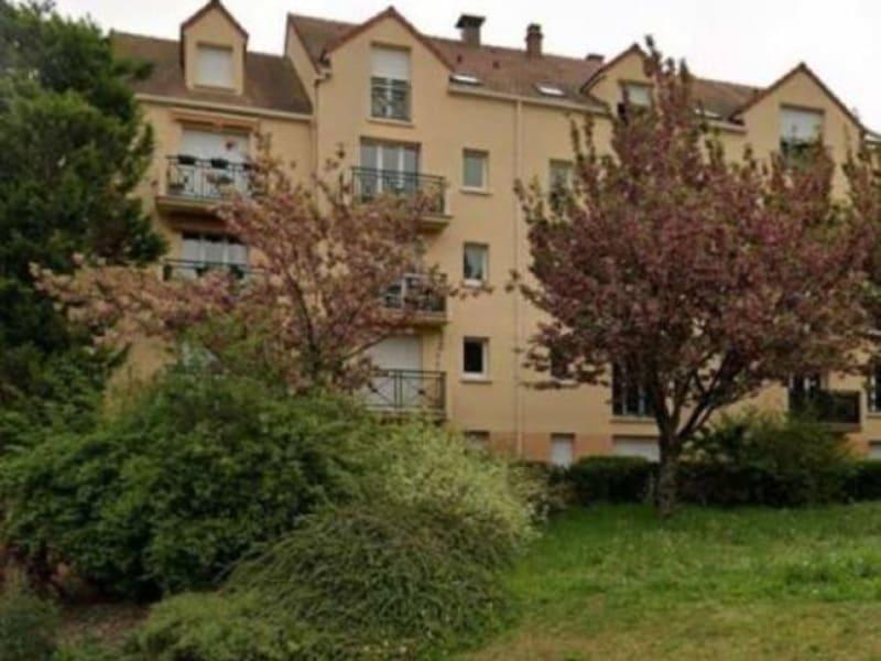 Rental apartment Verneuil sur seine 616€ CC - Picture 1