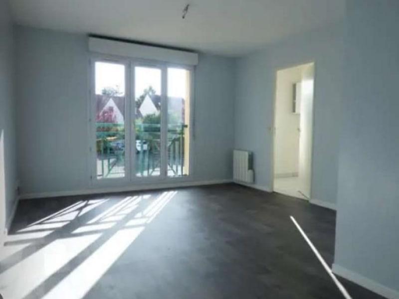 Rental apartment Verneuil sur seine 616€ CC - Picture 2