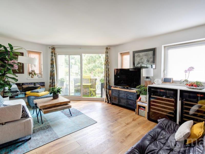 Sale apartment Courbevoie 625000€ - Picture 2
