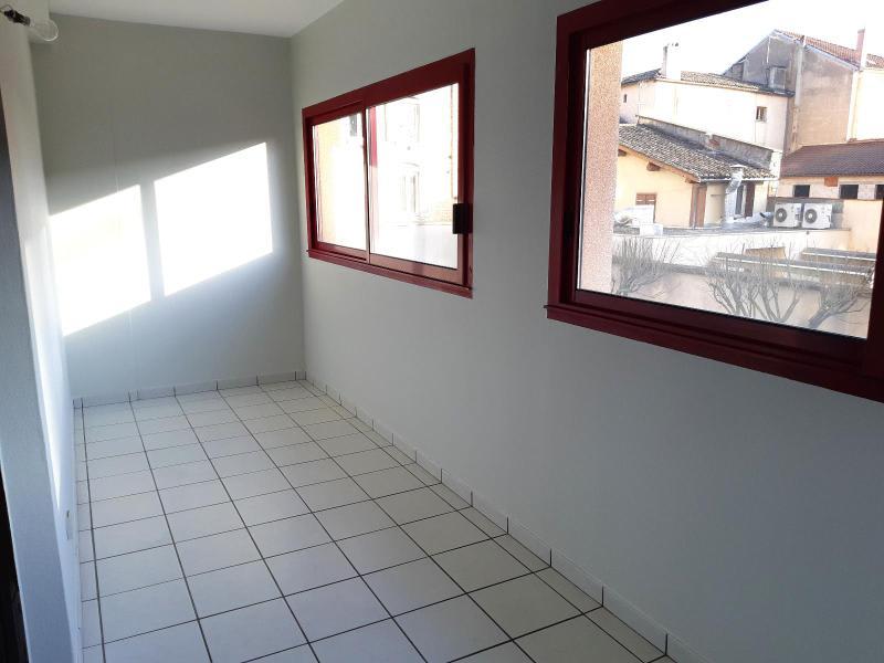 Location appartement Villefranche sur saone 795€ CC - Photo 9
