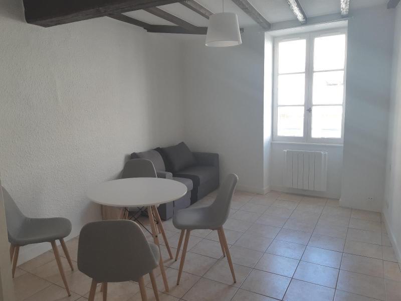 Location appartement Villefranche 398€ CC - Photo 3
