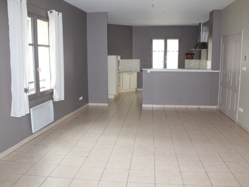 Location appartement Villeneuve les avignon 850€ CC - Photo 2