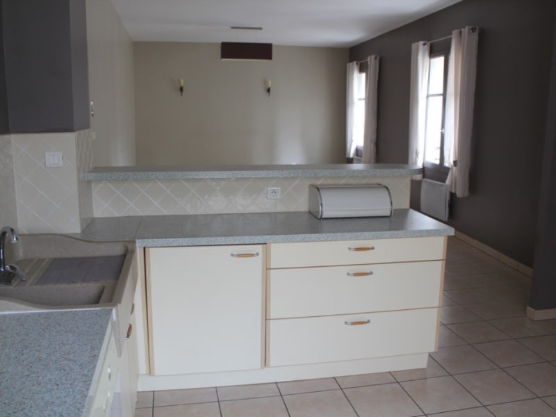 Location appartement Villeneuve les avignon 850€ CC - Photo 3