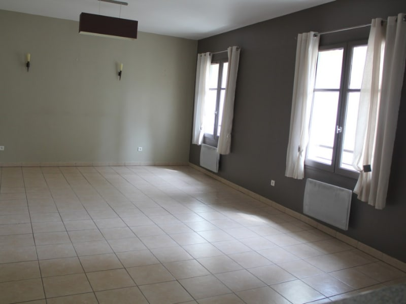 Location appartement Villeneuve les avignon 850€ CC - Photo 4
