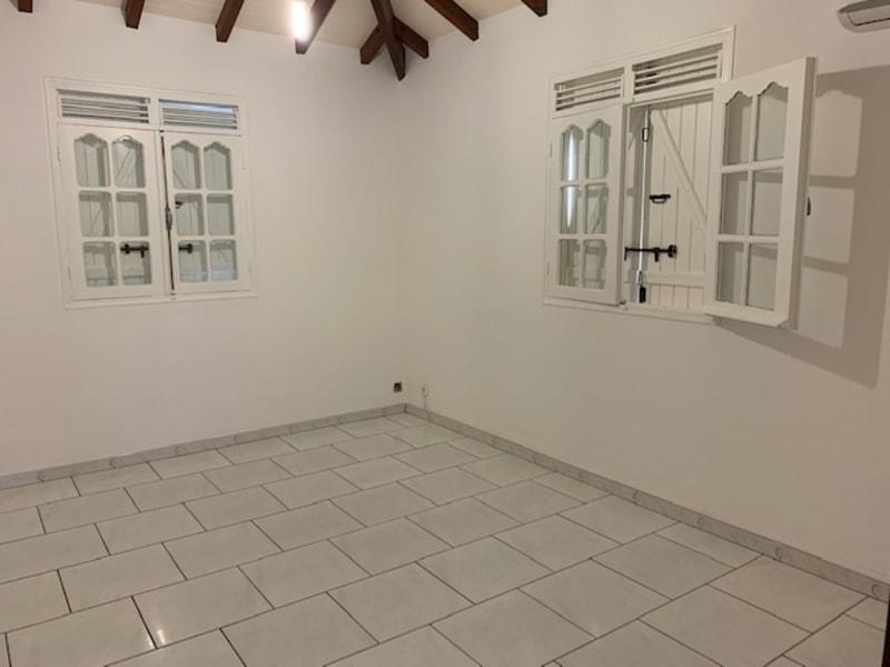 Location maison / villa Capesterre belle eau 1150€ CC - Photo 3