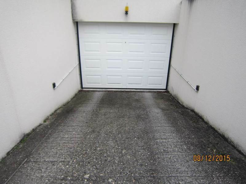 Rental parking spaces Cognac 66€ CC - Picture 1
