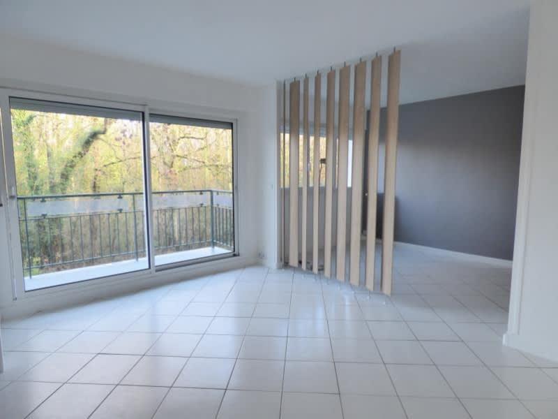 Sale apartment Les essarts le roi 150000€ - Picture 3