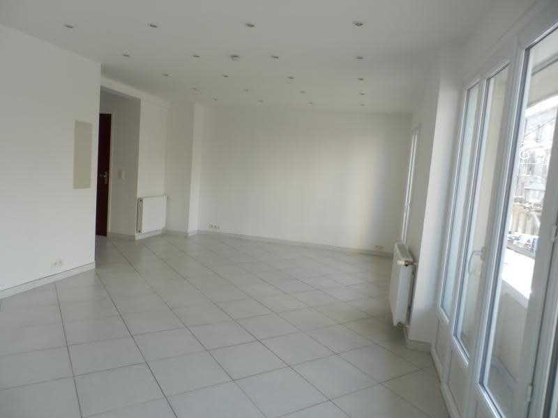 Location appartement Toulon 710€ CC - Photo 2