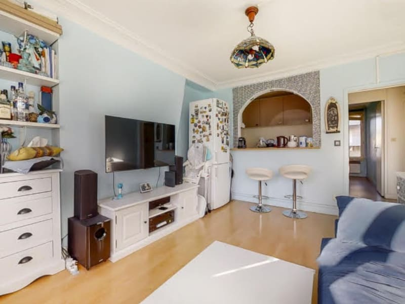 Sale apartment Paris 4ème 619000€ - Picture 2
