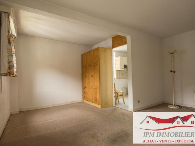 Sale apartment Cluses 117000€ - Picture 1