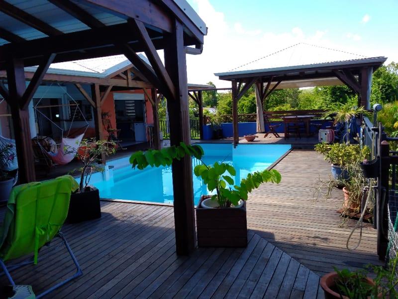 Villa d'architecte de 136m2, 100 m mer, avec piscine, garage et
