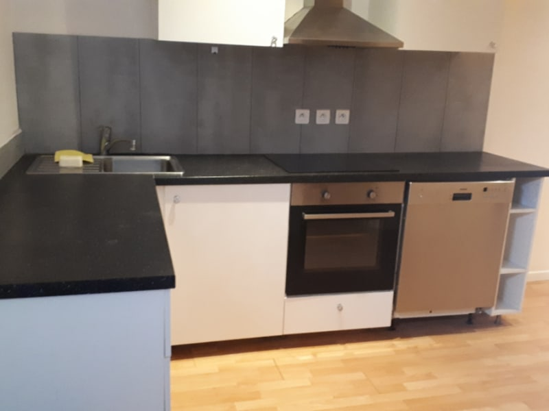 Location appartement Carrieres sous poissy 827,84€ CC - Photo 2